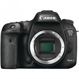 Digitalni fotoaparat Canon EOS 7D Mark II (body)